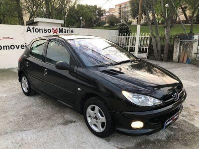 usado Peugeot 206 BLACK & SILVER II