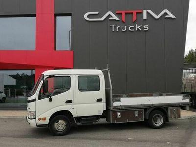 usado Toyota Dyna 3.0 144cv cabine dupla 3500kgs