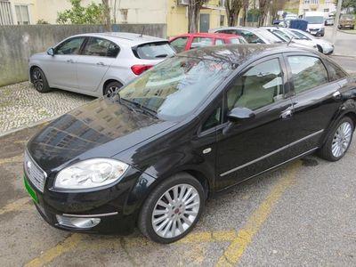 usado Fiat Linea Emotion 1.3 M-Jet 16v 90cv 4P