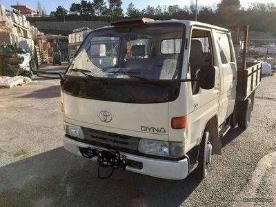 usado Toyota Dyna 150 cabine dupla