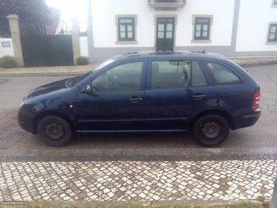 usado Skoda Fabia 100cv - 01