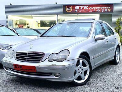 usado Mercedes C270 avantguard full extras