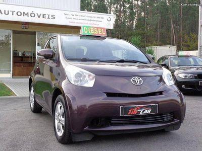 usado Toyota iQ 1.4 D-4D -