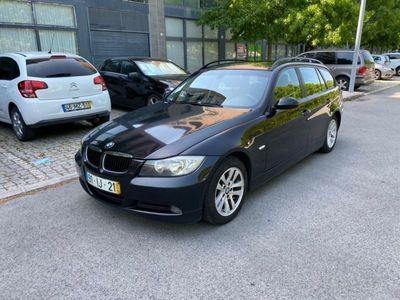 usado BMW 320 D Touring • Navegação
