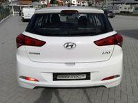 usado Hyundai i20 1.1 CRDi Access+Bluetooth (75cv) (5p)
