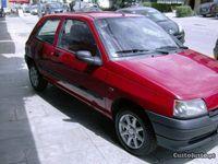usado Renault Clio 1.9D RC 2Lug Direcção Assistida