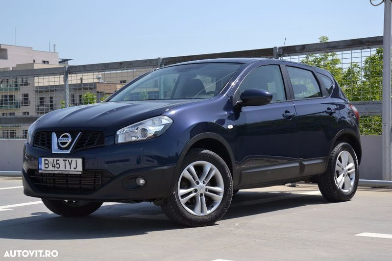 v ndut nissan qashqai ii ma ini second hand de v nzare. Black Bedroom Furniture Sets. Home Design Ideas