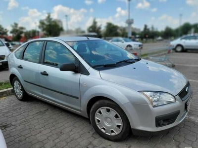 second-hand Ford Focus 1.6 2006 trage IMPECABL