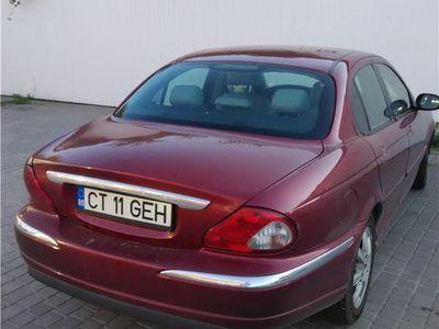 second-hand Jaguar X-type si in rate cu avans de 50% minim.