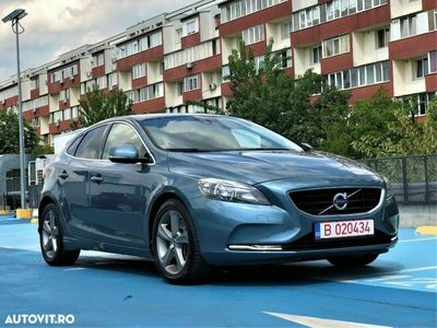 second-hand Volvo V40 D3