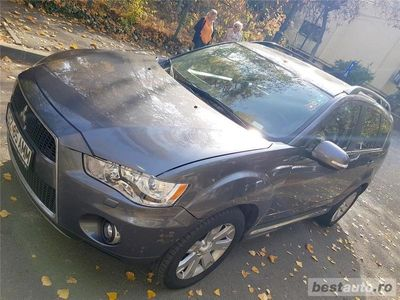 second-hand Mitsubishi Outlander 4wd 2.2 di-d 4x4 diesel full*