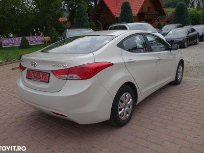 second-hand Hyundai Elantra MK4