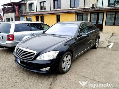 second-hand Mercedes S320 4MATIC