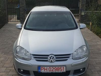 second-hand VW Golf 2.0