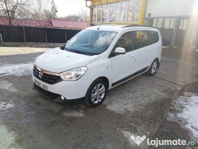 second-hand Dacia Lodgy 1.5 dci 2015 7 locuri