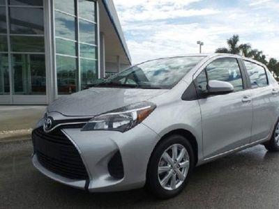 second-hand Toyota Yaris 2016