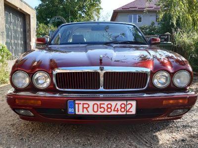 second-hand Jaguar XJ sport 3.2
