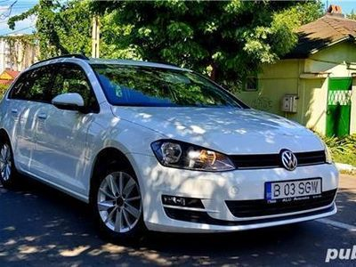 second-hand VW Golf VII / Model 2016 - Carte service.