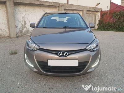 brugt Hyundai i20 benzina + gpl