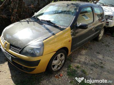 second-hand Renault Clio 2004 dci