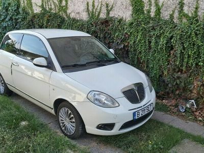 second-hand Lancia Ypsilon gpl