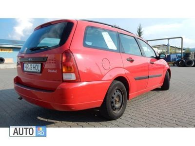 second-hand Ford Focus Kombi 2001, 1.8 Diesel, ITP valabil, +4 anvelope cu jante