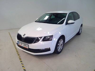 second-hand Skoda Octavia 1.6 Tdi Smart Dsg