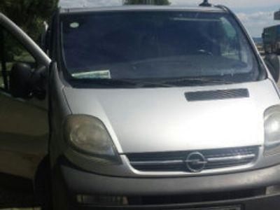 used Opel Vivaro 9 locuri