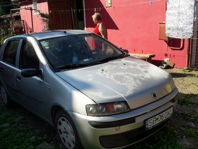 second-hand Fiat Punto 2003 1,4 benzina,inmatriculat.