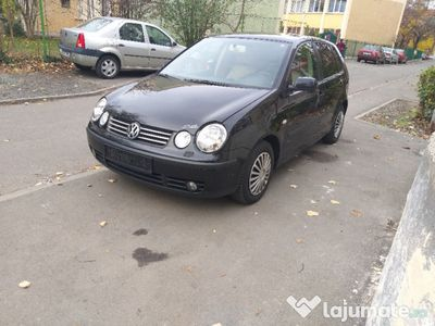 second-hand VW Polo 1,4 Tdi anul 2004 recent adus