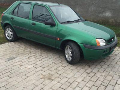 second-hand Ford Fiesta euro4 negociabil