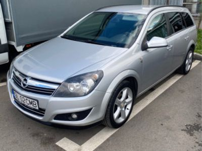 second-hand Opel Astra H-2011-Editie speciala