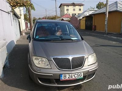 second-hand Lancia Phedra