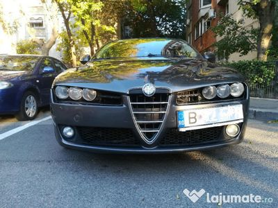 brugt Alfa Romeo 159 2.4jtdm, 200cp, automata, an fabricatie 2007
