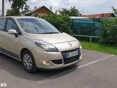 used Renault Scénic