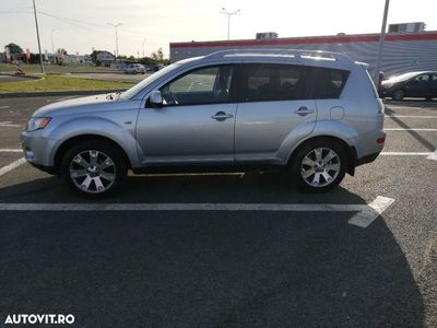 second-hand Mitsubishi Outlander 2.2