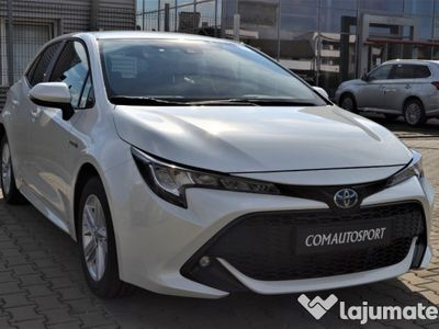 second-hand Toyota Corolla Hybrid dynamic