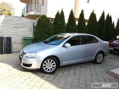 second-hand VW Jetta 1,6-TDI,2010,Navi,Clima,Pilot aut.,147000km,carte