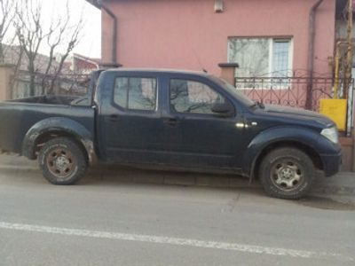 second-hand Nissan Navara 2008