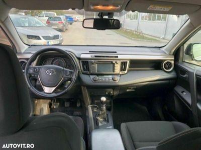 second-hand Toyota RAV4 2.2