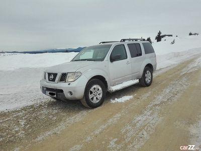 second-hand Nissan Pathfinder ( proprietar)
