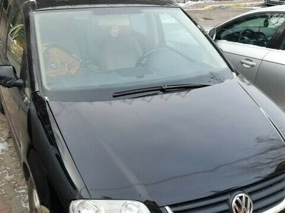 second-hand VW Touran 2004 .1.6 benz .6 trepte .7 locuri .dotari.acte ok
