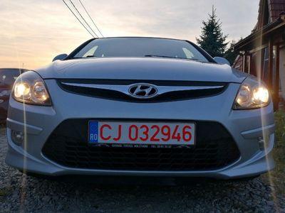 second-hand Hyundai i30 Blue 1.6 CRDI 90 CP EURO5