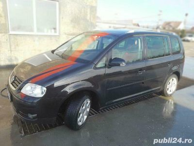 second-hand VW Touran 1