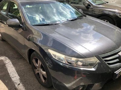 second-hand Honda Accord 2.0 2012 benz extra full
