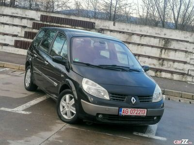 second-hand Renault Scénic 7 locuri
