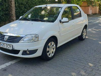 second-hand Dacia Logan an 2010 1.4 benzina 120000 km