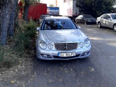 second-hand Mercedes E300 accept schimburi