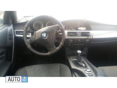 second-hand BMW 520 i an 2004