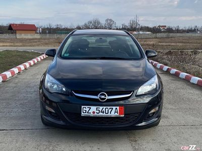second-hand Opel Astra 1.6 diesel navi